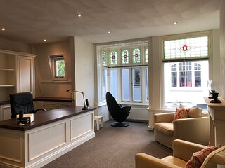 Cute apartment with office space nearby Amsterdam. Long term rental on request .