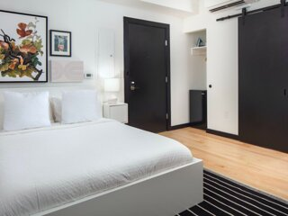 Your NICHE Room with 1 bath in University City   Unit 3B
