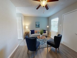 New listing! Centrally located, dog-friendly condo w/ shared courtyard & grill