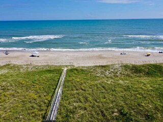 Oceanfront, Top Floor, Amazing Views, Large Deck, Winds V, Pool, Family Friendly