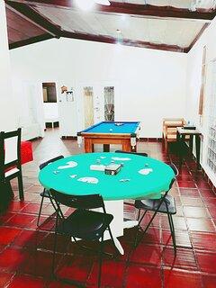 Sala de Jogos ( mesa de bilhar e jogos de cartas) para melhor enterternimento noturno