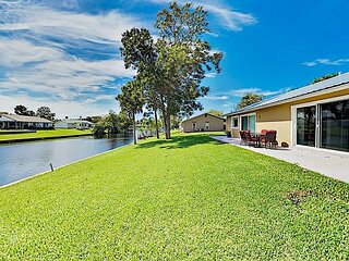 Canal-Front Home in Palm Coast | Patio with Water Views | Near Beach & Shops