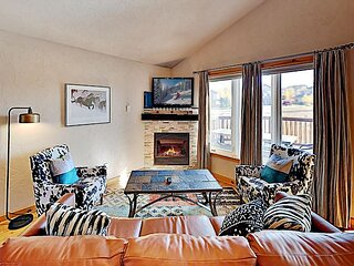 Updated Mountain-View Escape | Mins to Ski Resort, Dining, Shops, Hot Springs