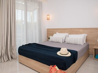 Aphrodite -2 bedroom Apartment 5 guests