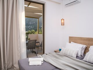 Aphrodite - 2 Bedroom Luxury Suite 4 guests