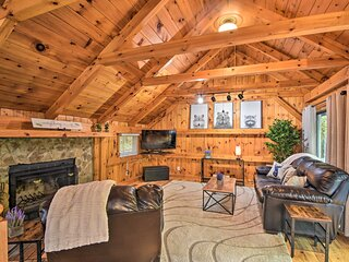 NEW! Modern Mtn Cabin w/ Resort-Style Amenities!