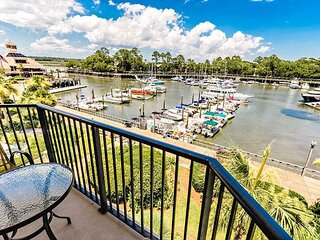 Completely remodeled, Panoramic Views of Shelter Cove!