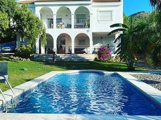 Villa Las Mañanas. 10 Huéspedes Privada. Alhaurin de la Torre ( Málaga)