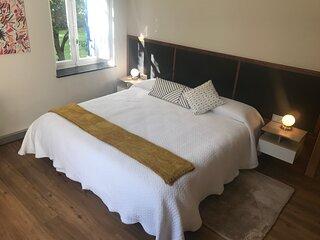 Suite Ocre, 40 m2, desayuno, Netflix, centro ciudad, cama extragrande