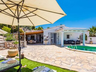 Casa Rural Privada con piscina y Jacuzzi, Luminosa y Aireada con vistas✴️✴️✴️✴️