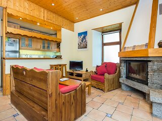 Chamonix Centre - Fireplace - 2BR Wifi - Central and Quiet - Apartment Kayla