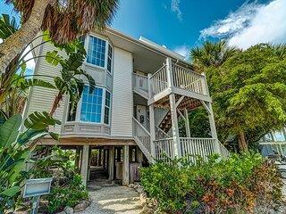 Enjoy a Beautiful Gulf Sunset from the Screened Porch on Resort Villa, A3621A