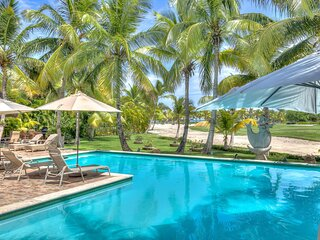 Unique Ocean View Villa With Full Staff In Punta Cana - DOM008