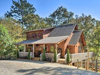 NEW! Blue Ridge Cabin w/ Decks < 6 Mi to Vineyard!