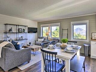 NEW! Scenic Studio w/ Loft & Columbia River Views!