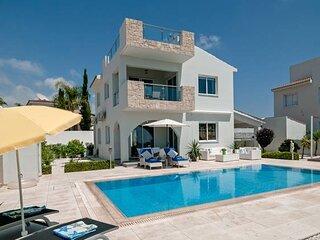 Villa Verdi: Luxury villa with private pool