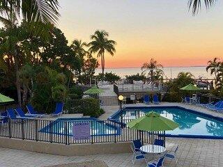 Sunset Getaway at Moon Bay, aluguéis de temporada em Key Largo