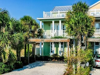 Unit 5416: Large Beach House with Private Pool and amazing beach views!!!