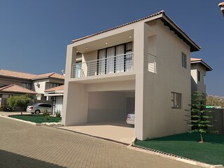 Fully furnished and serviced apartments