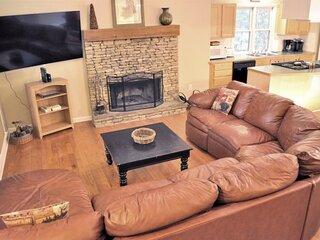 Bear Creek Retreat - New Rental Home in Big Canoe