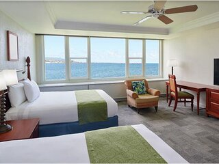 Maui Beach Hotel - Oceanfront Room Two Doubles