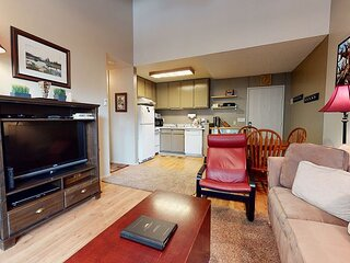 Pet Friendly, On Free Shuttle Route, Summer Complex Amenities
