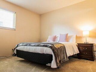 Beautifully Designed Concord Apartment