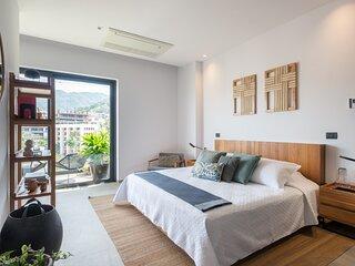 SailView 108 - SailView Romantic Zone 1 Bed, 1 bath, Rooftop Poo