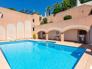 Sea-view Apartment in Theoule-sur-Mer with Swimming Pool
