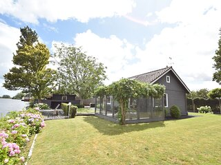 Splendid Holiday Home in Nigtevecht near Sea and Town Center