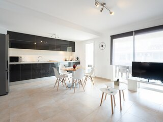 Penthouse:private terraces,WIFI 600 mb (perfect smartworking), A/C (c/w), Tvsat
