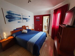 Habitacion matrimonial con bano privado en Tenerife
