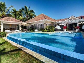 Elegant Villa Close To The Beach In Punta Cana - DOM028
