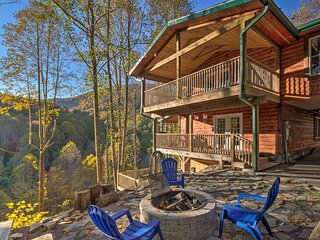 Four Season Family Cabin w/ Hot Tub, Deck & Views!
