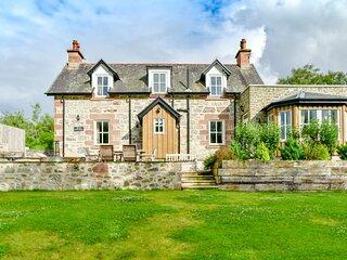 Scottish Highland Cottages, Inverness