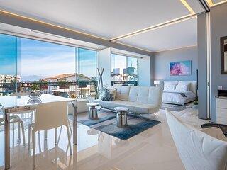 Pier 57-603: Ocean Views Chic 2 bedrooms 2 baths Romantic Zone