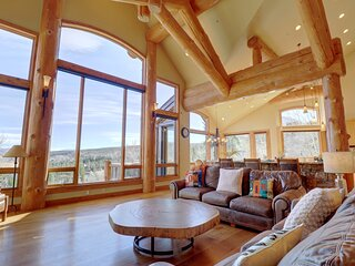Good Elevations, Luxury Pet Friendly Home on Two Cabins Drive, 5BR 5.5BA