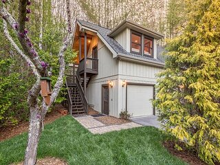 Tree House | Spacious Studio on 20 Acres | Patio & Mile-Long Trail