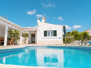 Wonderful Villa Near the Beach, Private Pool, Air-conditioning, WIFI