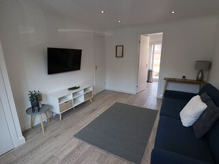 Amaya Three - Newly Renovated - Sleeps 6 - Grantham