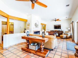 Beautiful snowbird-friendly getaway w/ private pool, free WiFi, & gas grill!