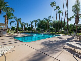 Elegant getaway w/ patio & shared pool - walk to the Indian Wells Tennis Garden