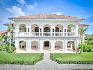 Rare Tuscany-Like Villa Overlooking The Beach In Punta Cana - DOM041