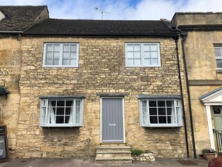 Teasel Cottage is a beautiful 19th century Cotswold stone property.