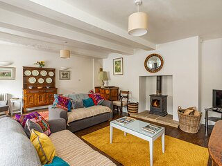Teasel Cottage is a beautiful 19th century Cotswold stone property in Winchcombe