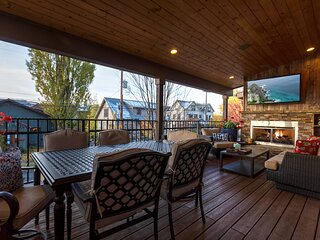 Incredible luxury townhome in downtown Whitefish