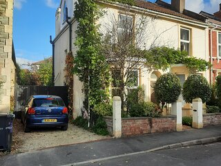A spacious 5 bed house in central east Bristol