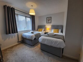 ✮Perfect house for business or leisure travel in Doncaster - sleeps 5✮