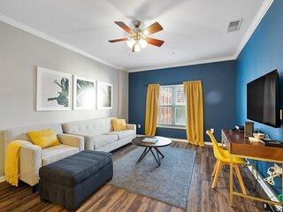 Kasa | Dallas | Premiere 1BD/1BA West End Apartment
