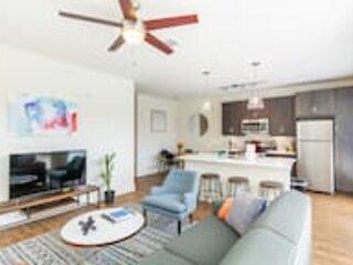Kasa | Dallas | Executive 1BD/1BA Apartment, holiday rental in University Park